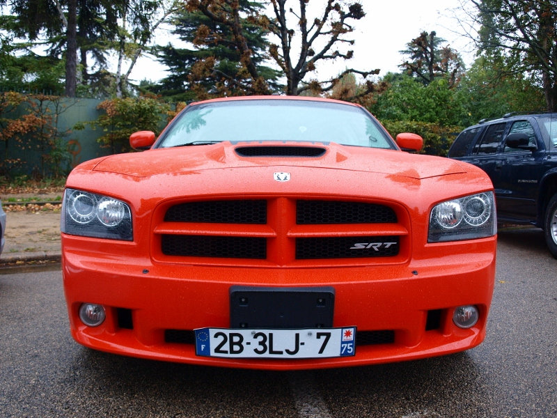 E.T.R. et sa Dodge Charger SRT-8 Super Bee 2009 - Page 4 Laves_phares(800x600)