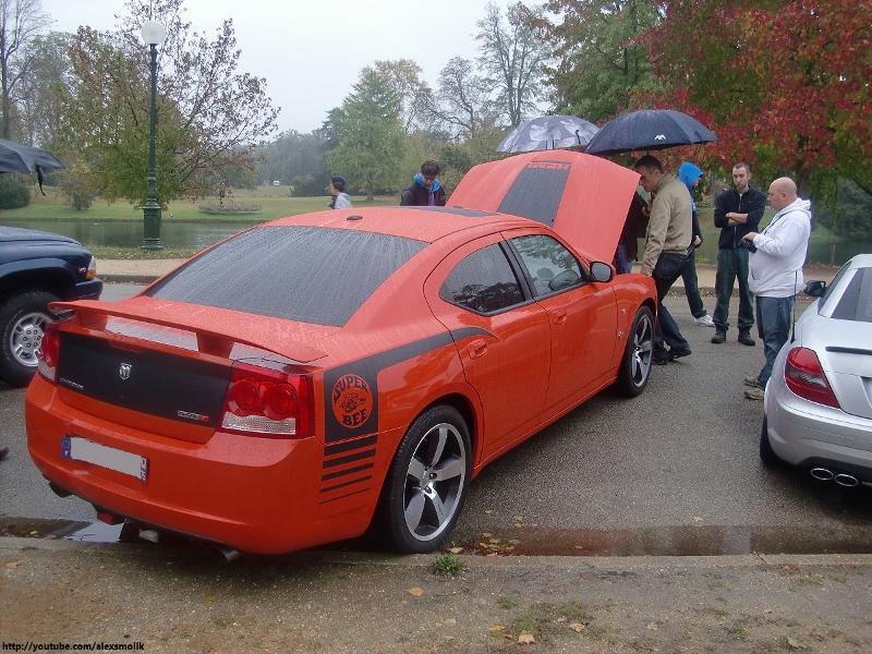 E.T.R. et sa Dodge Charger SRT-8 Super Bee 2009 - Page 4 Feux_arrieres%20(800x600)